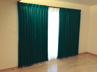 curtainbedroom.jpg